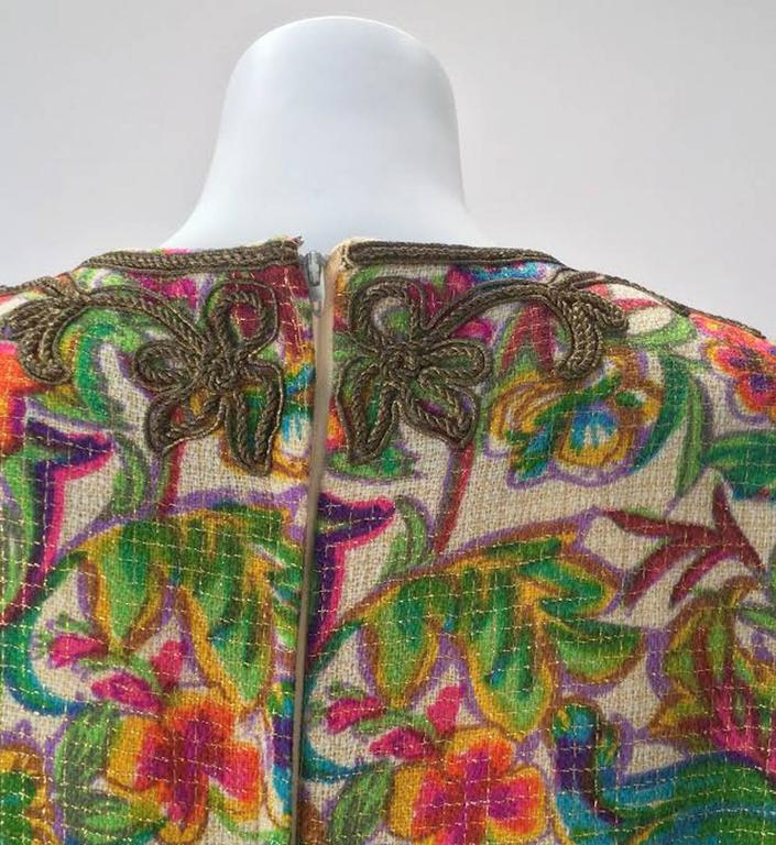 Floral Multi-Colored Embroidered Kaftan OS, 1970s   In Excellent Condition For Sale In Houston, TX