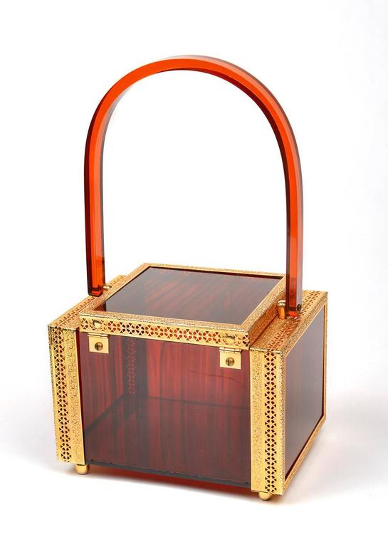 1950s Tortoise Shell Lucite Box Purse In Good Condition For Sale In Houston, TX