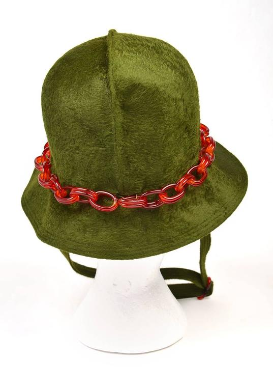 Brown Mr John Jr Trevi Moss Green Hat with Tortoiseshell Lucite Chain, 1970s  For Sale