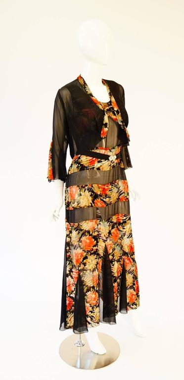 1920's Museum Piece Silk and Sheer Panel Floral Fluted Dress  In Excellent Condition For Sale In Houston, TX