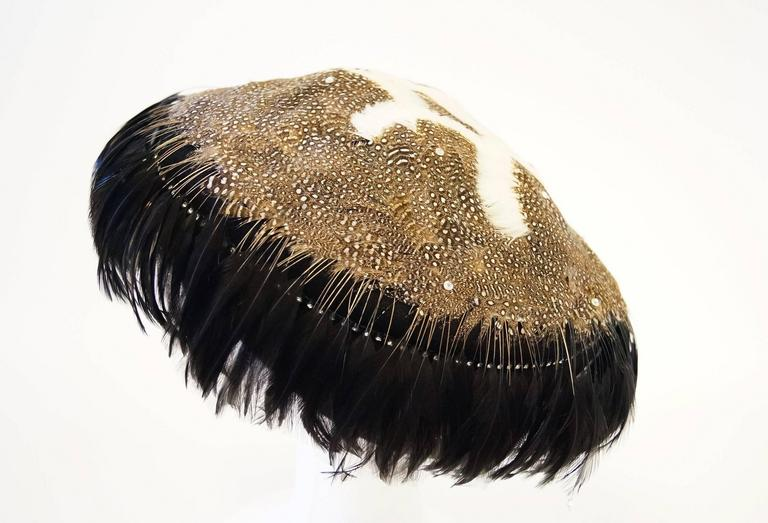 1950s Jack McConnell Guinea Fowl Feather and Rhinestone Hat In Good Condition For Sale In Houston, TX