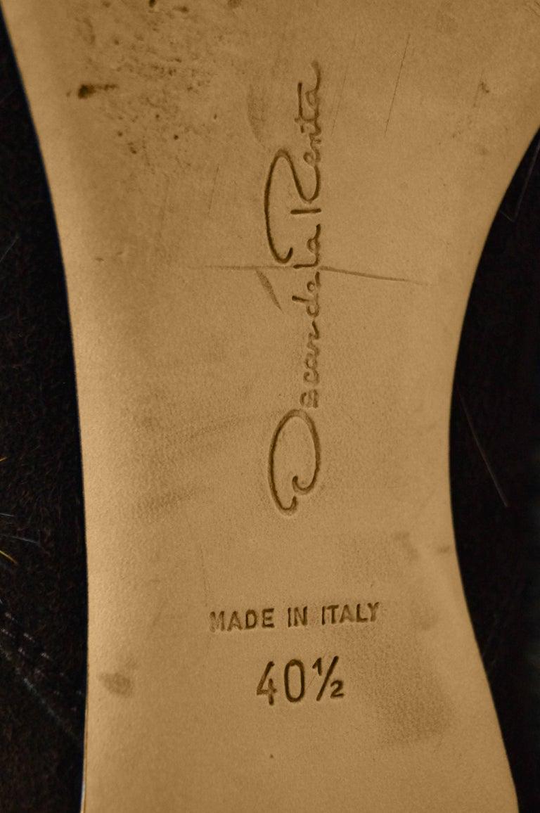 Oscar de la Renta Blonde Fox Fur and Brown Suede Boots For Sale 2