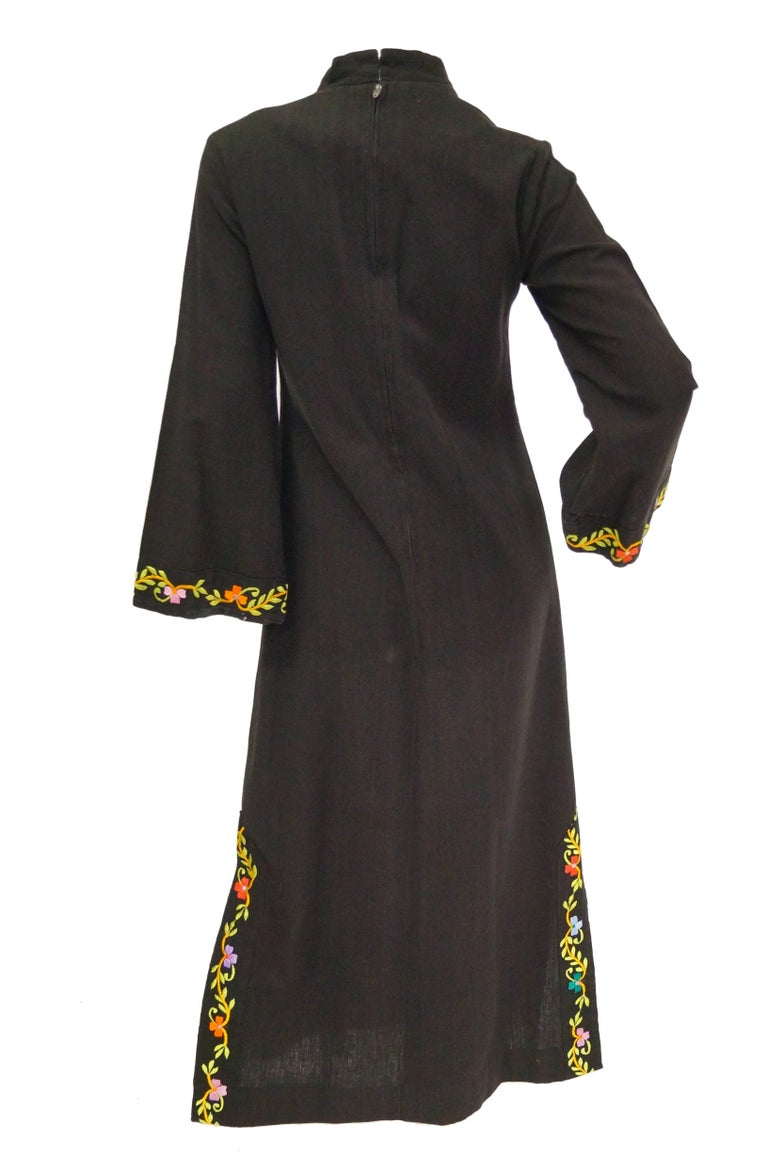 1960s Ramona Rull Peacock Embroidered Caftan For Sale 1
