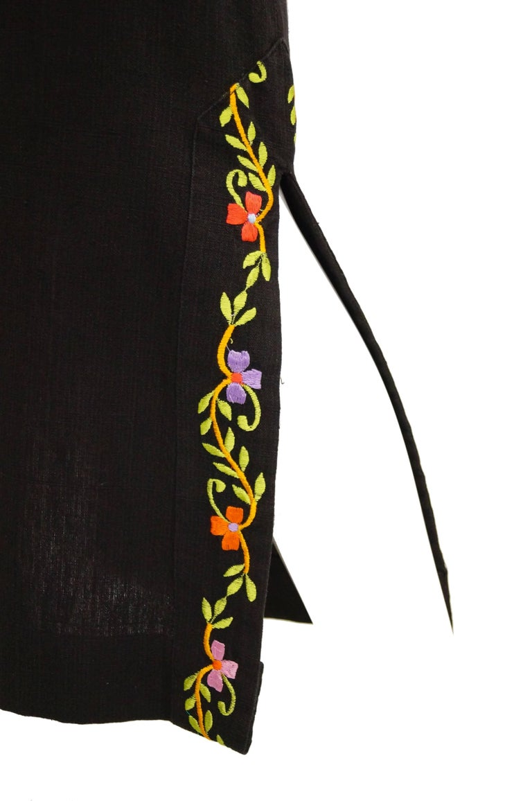 Women's 1960s Ramona Rull Peacock Embroidered Caftan For Sale