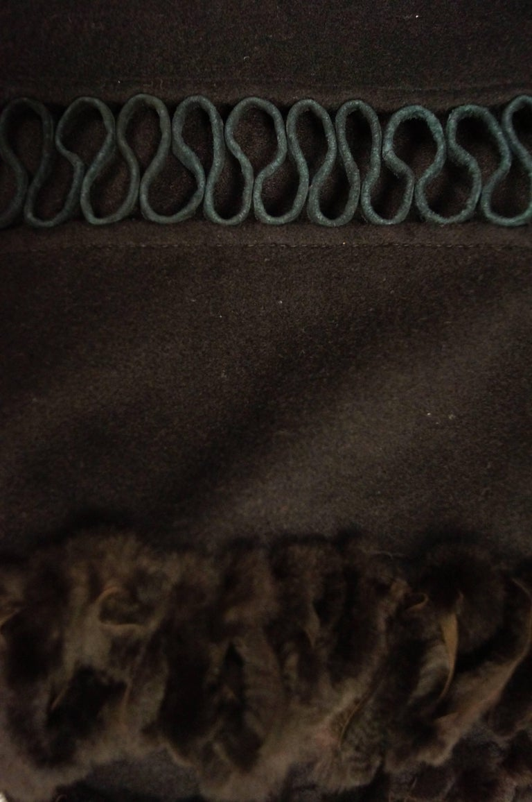 Fabulous Adrienne Landau Black Wool and Fox Fur Shawl In Excellent Condition For Sale In Houston, TX