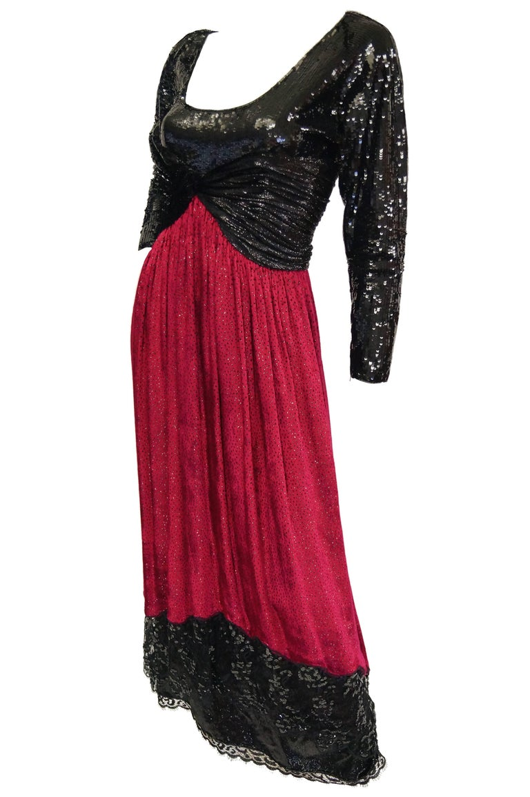 1980s Geoffrey Beene Black and Red Sequin, Lace, and Velvet Evening Dress 2 In Excellent Condition For Sale In Houston, TX