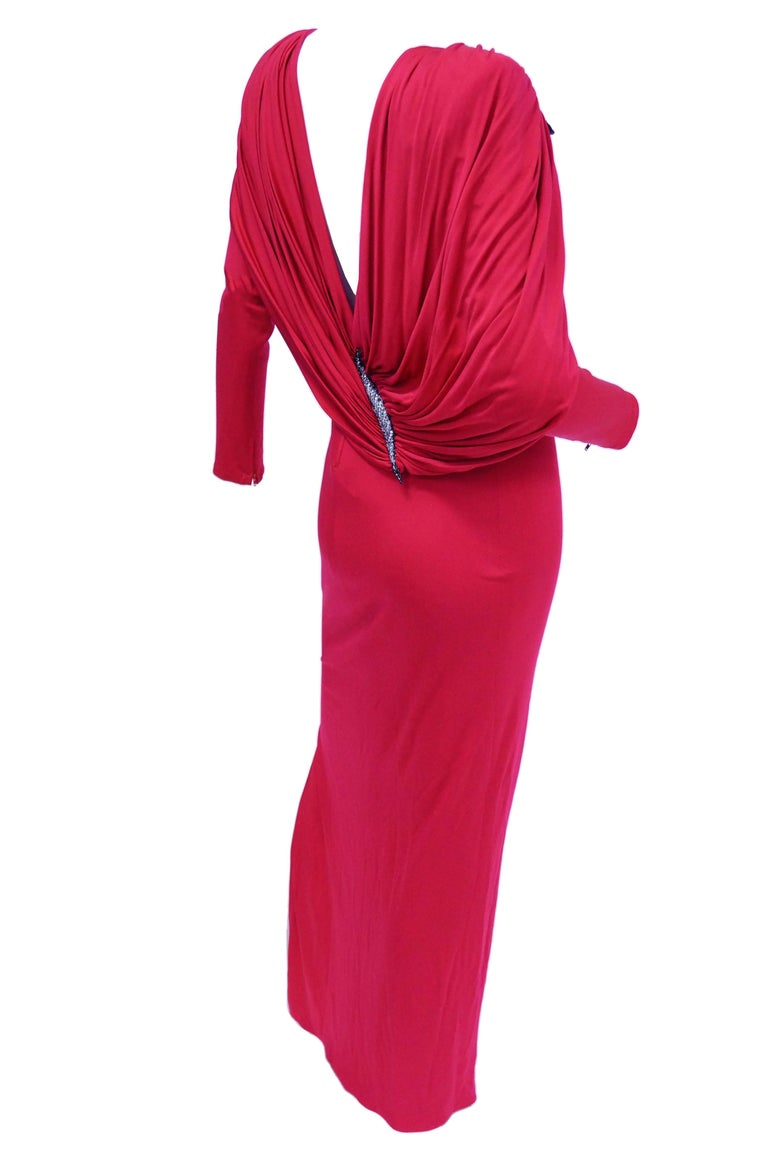 1984 Valentino Pink Silk Plunge Back Evening Dress w/ Cape and Beading Detail For Sale 5
