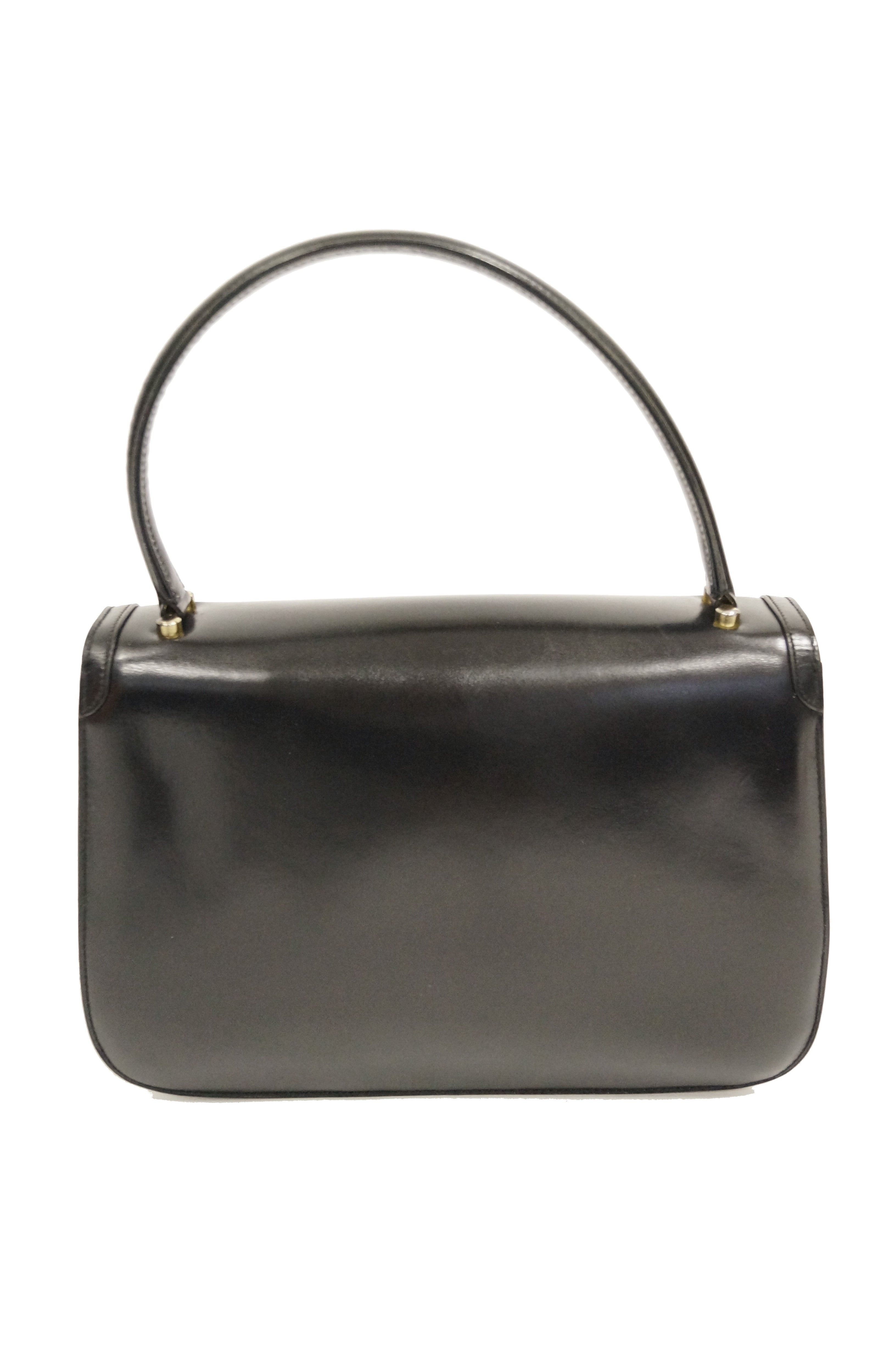 b793ab9fbb1 1960s Gucci Black Leather Top Handle Handbag with Crescent Lock For Sale at  1stdibs