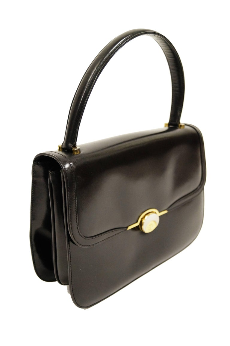 96291295761 1960s Gucci Black Leather Top Handle Handbag with Crescent Lock For Sale 5