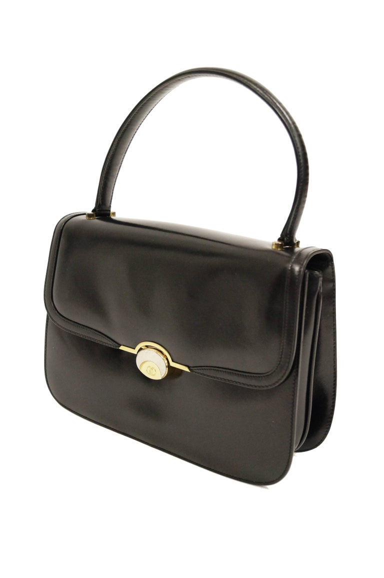 d0e6ad409d4 1960s Gucci Black Leather Top Handle Handbag with Crescent Lock In  Excellent Condition For Sale In