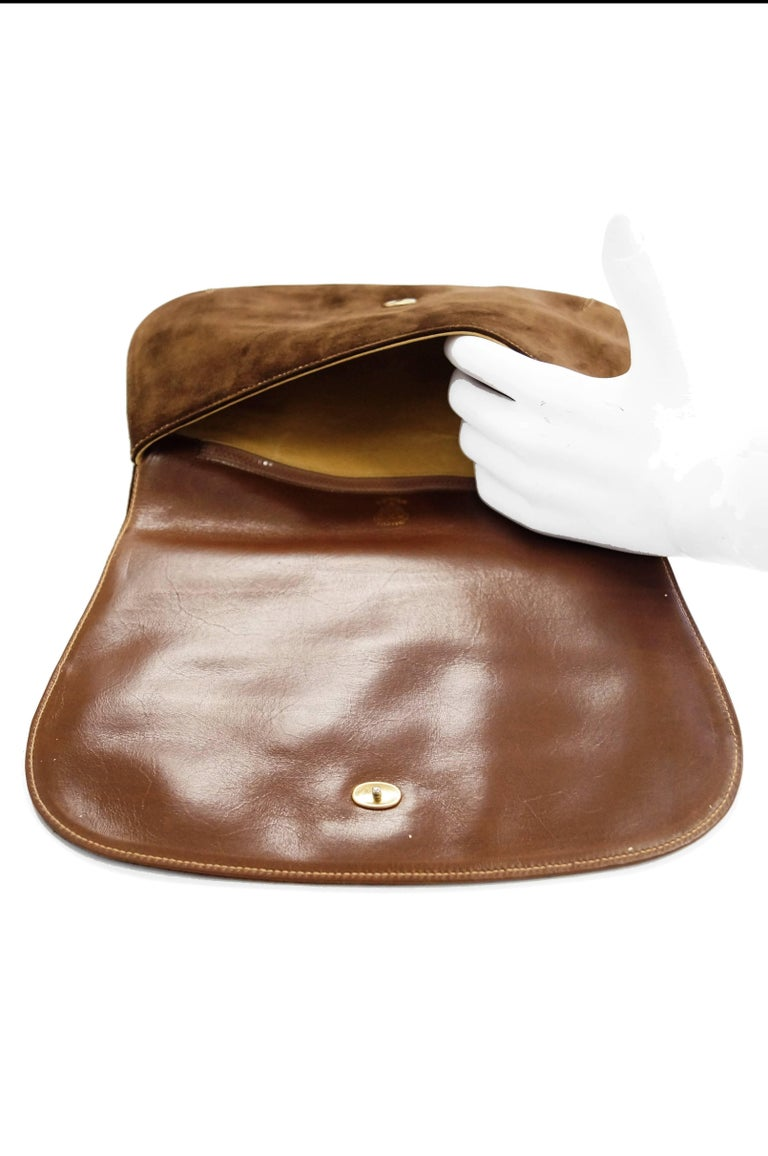 Iconic 1970s Gucci Brown Italian Suede and Leather Clutch For Sale 7