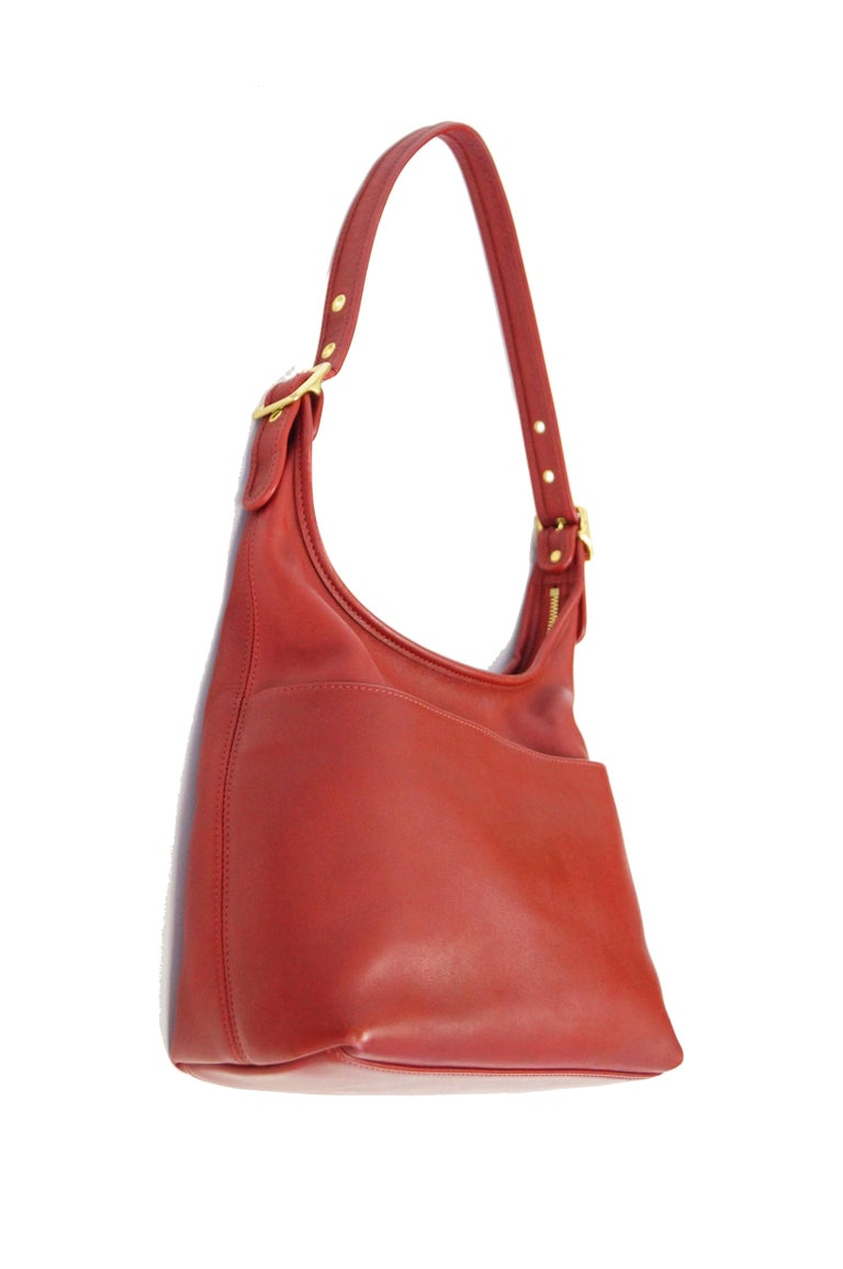 Bonnie Cashin Coach Tomato Red Shoulder Bag, 1970s  In Good Condition For Sale In Houston, TX