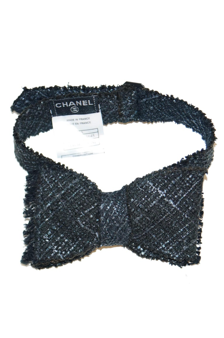 Chanel Black Tweed Bow Tie For Sale 1