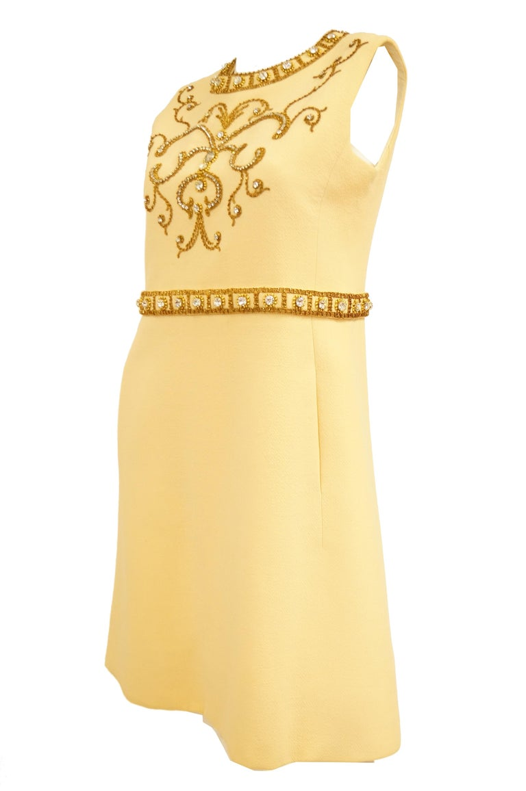 1960s Couture Cardinali Mod Shift Dress W/ Rhinestones & Gold Passementerie For Sale 2