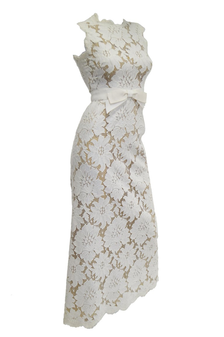 Gray 1970s White Large Scale Floral Lace Dress  For Sale