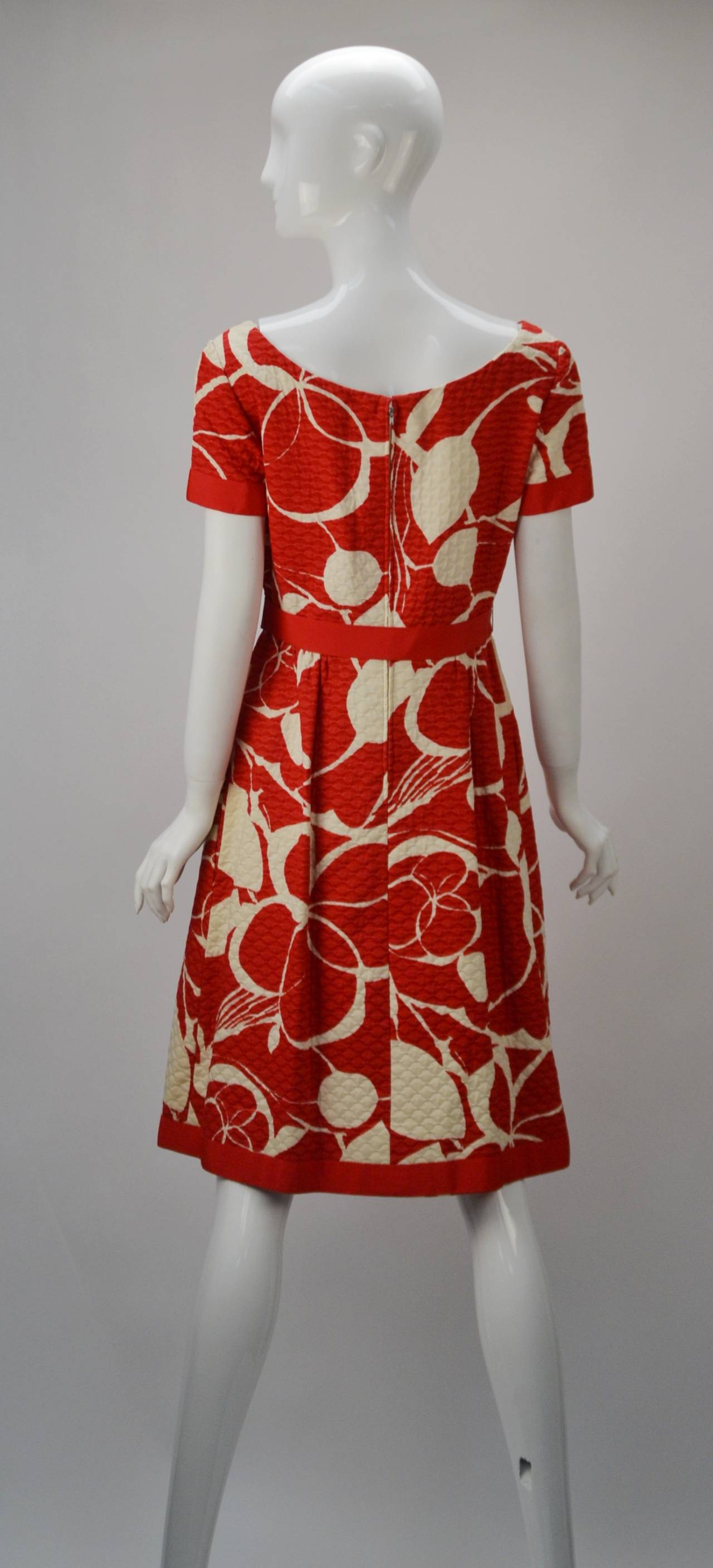 1970s Mollie Parnis Red and Bone Print Cotton Dress 2