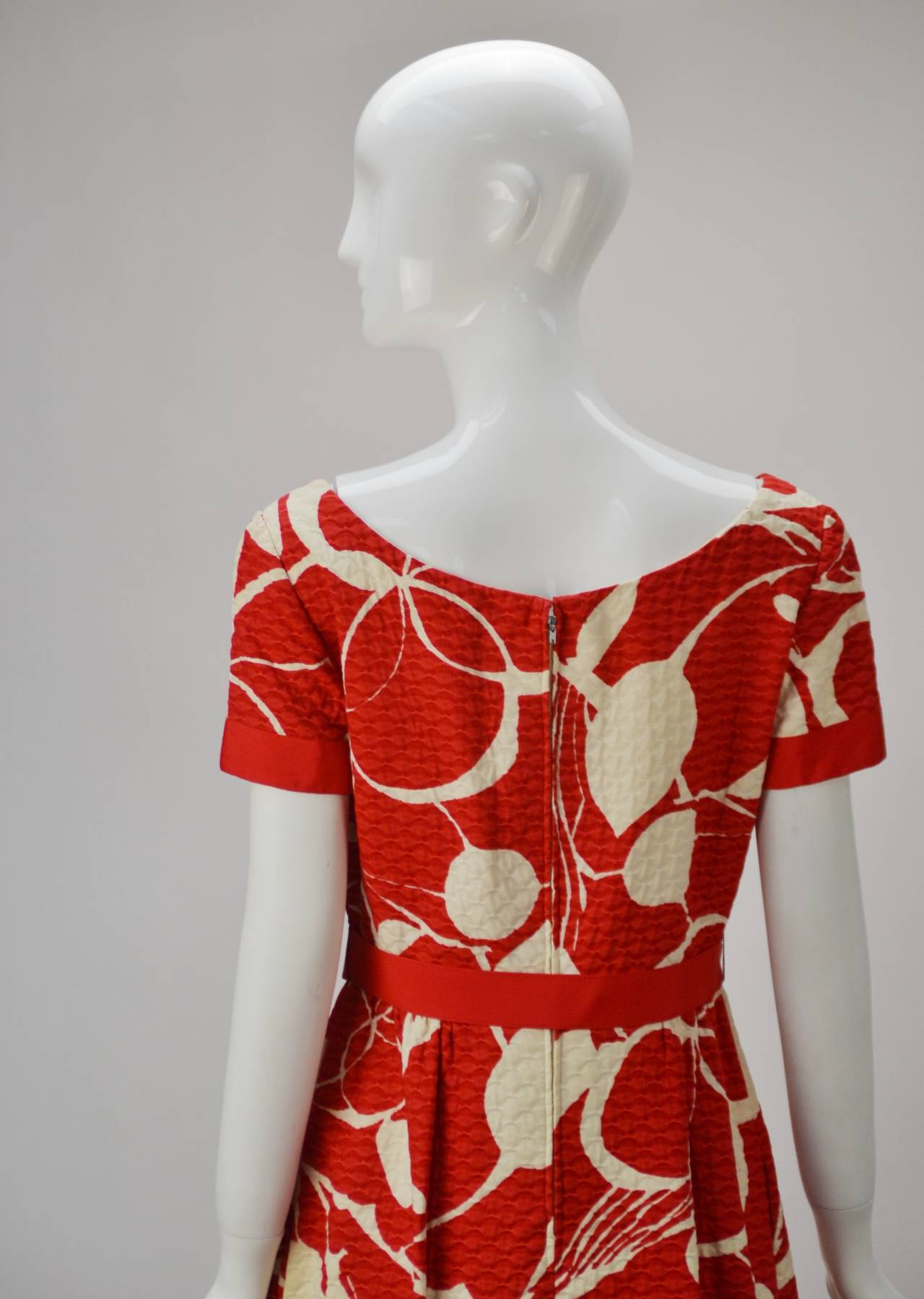1970s Mollie Parnis Red and Bone Print Cotton Dress 4