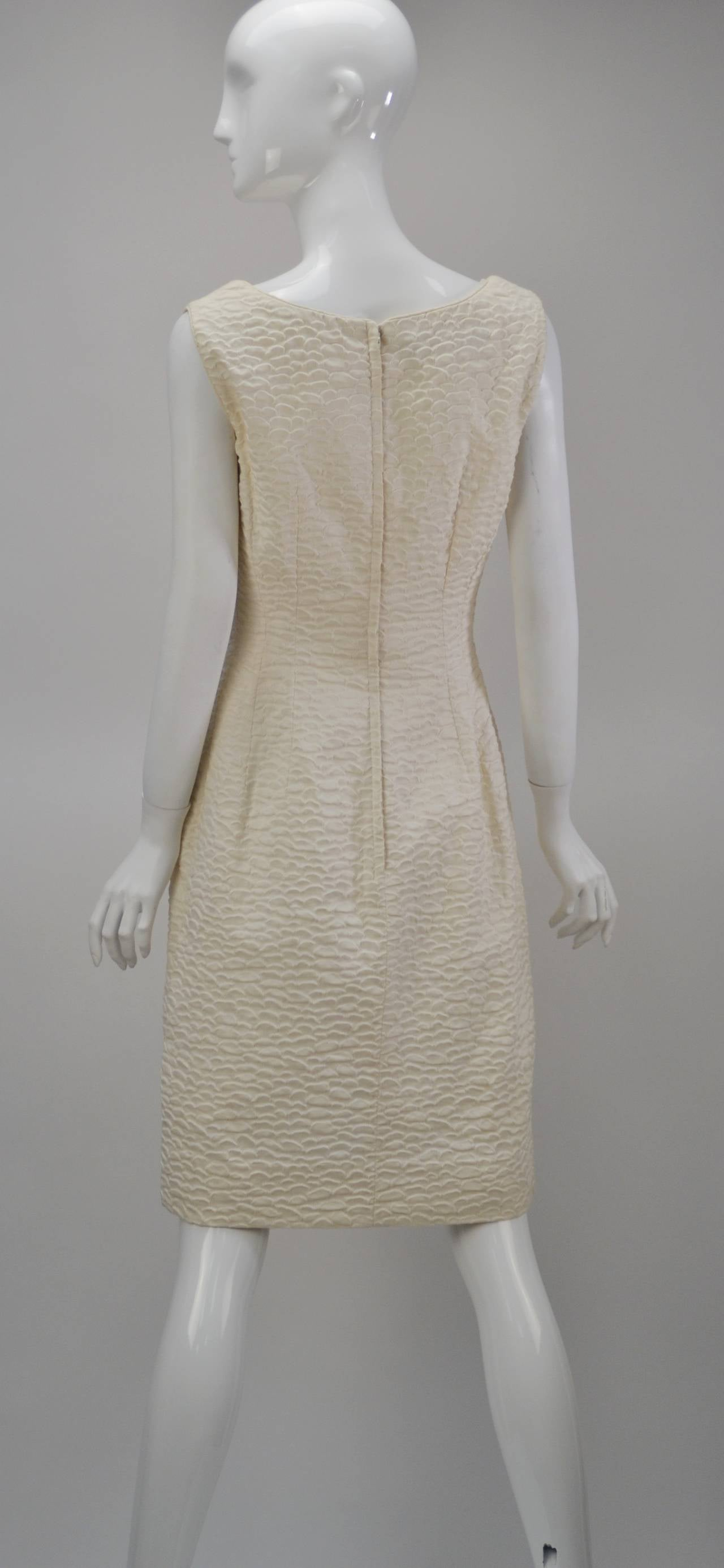 1960s Mr. Blackwell Ivory Textured Dress with Cape In Excellent Condition For Sale In Houston, TX