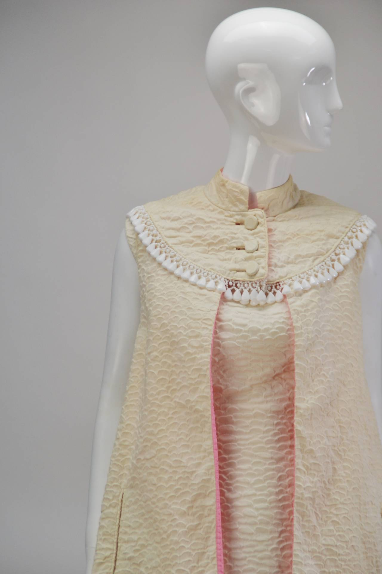 1960s Mr. Blackwell Ivory Textured Dress with Cape For Sale 3