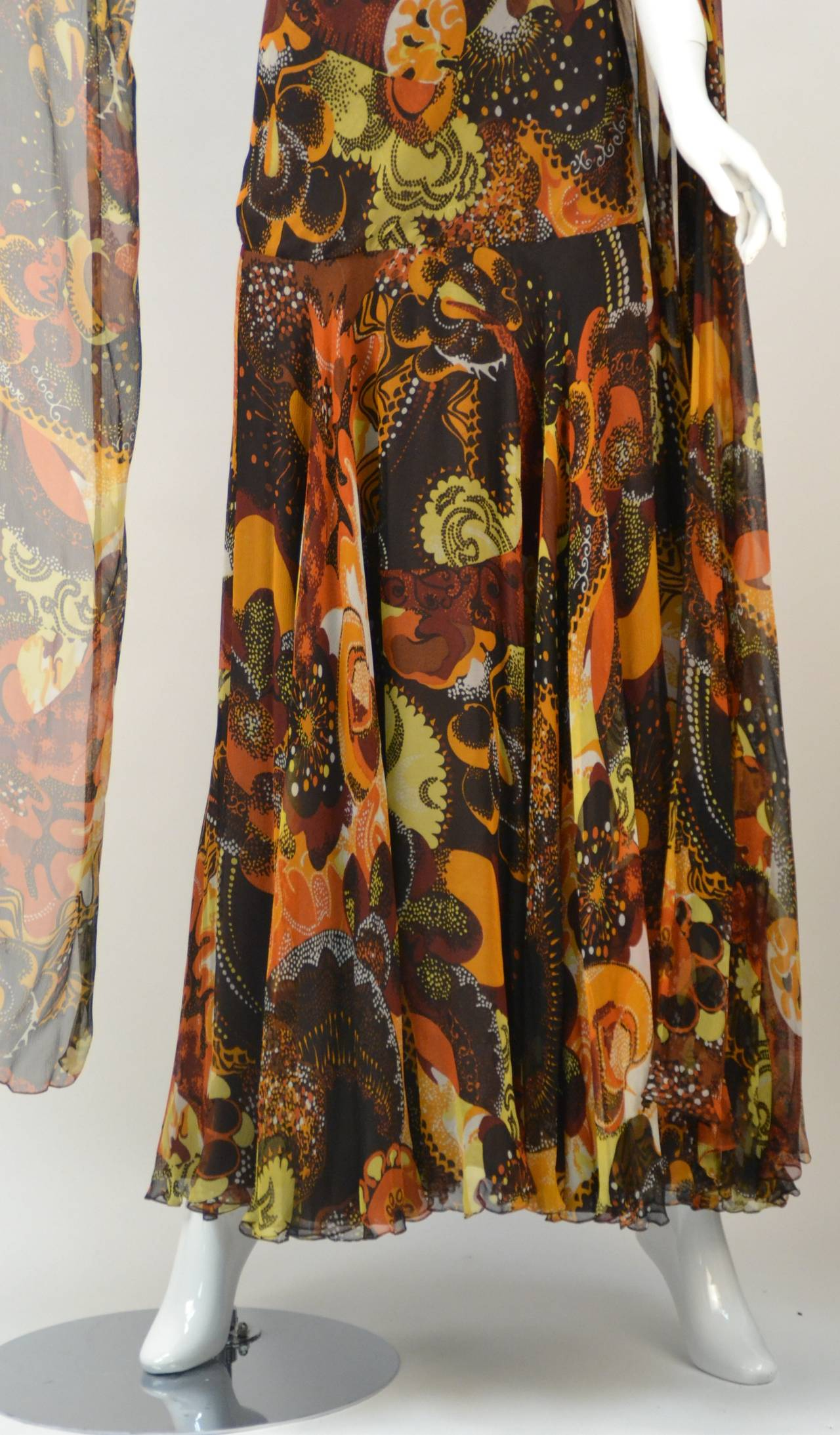 1970s Stavropoulos silk print Dress 5