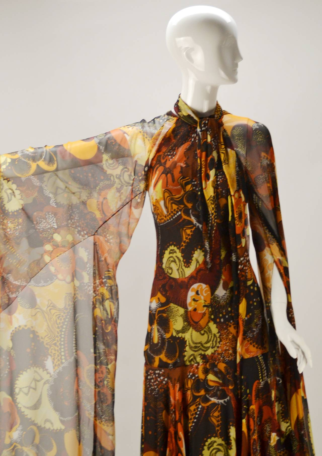 1970s Stavropoulos silk print Dress 4