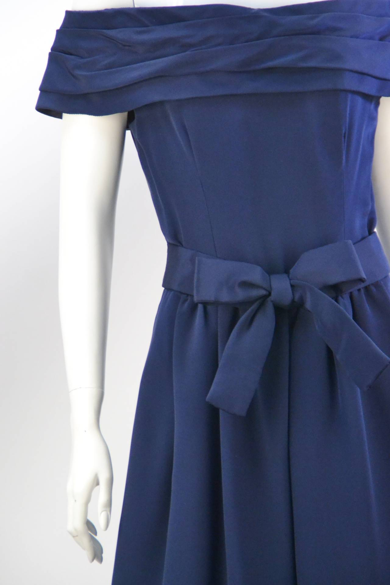 1960s Arnold Scaasi Navy Cocktail Dress In Good Condition For Sale In Houston, TX