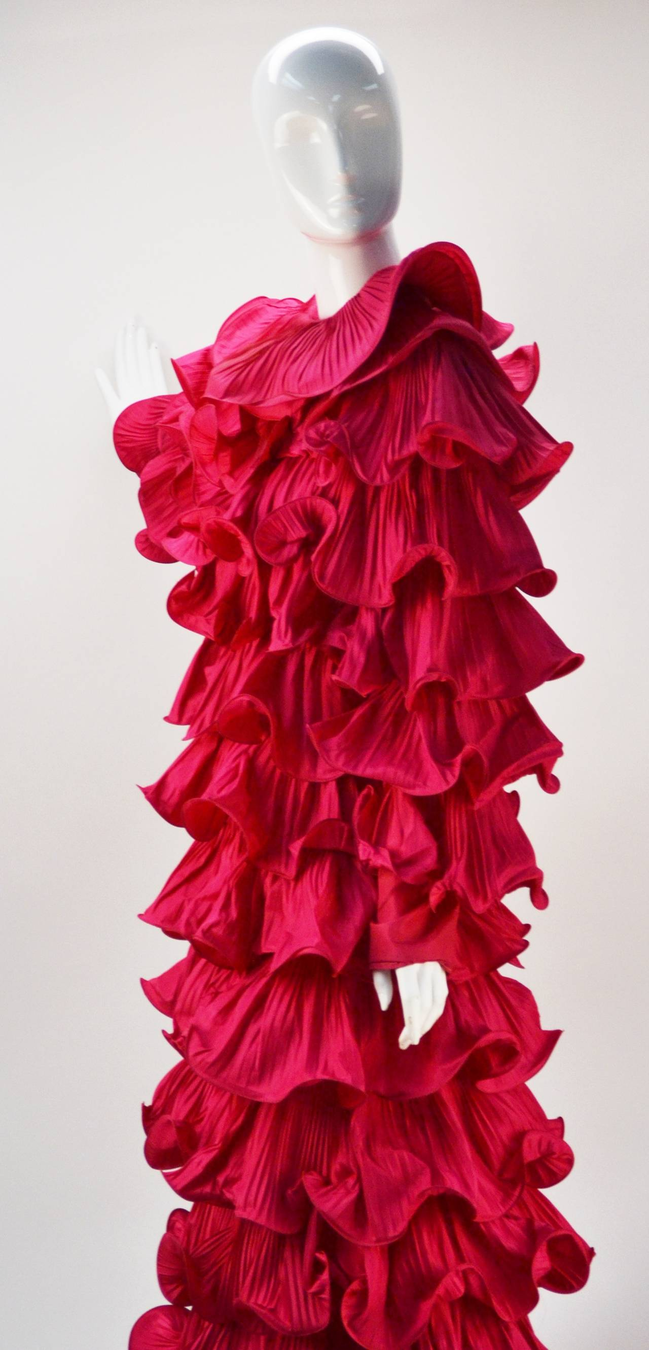 1980s Pierre Cardin Haute Couture Fuschia Ruffled Evening Gown In Good Condition For Sale In Houston, TX