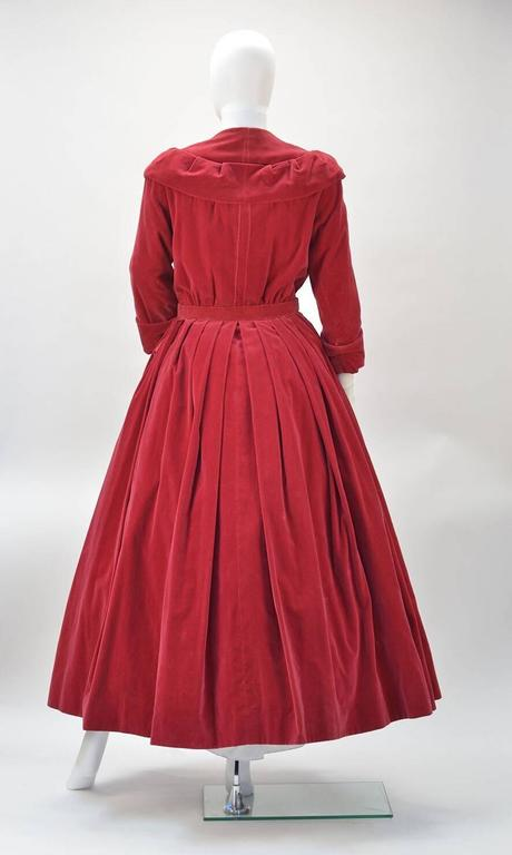 1950s YSL for Christian Dior Red Velvet Button Front Dress  In Good Condition For Sale In Houston, TX