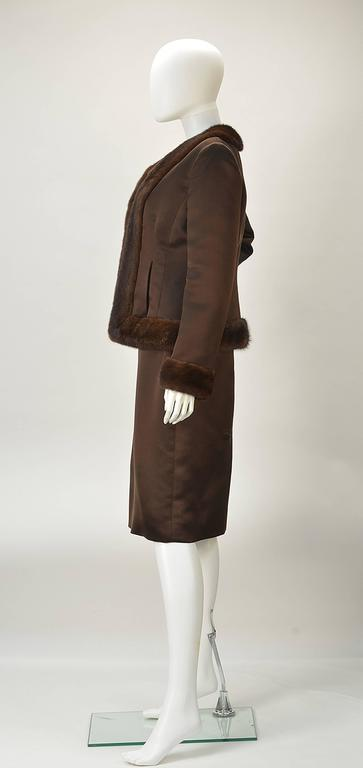 Oscar de la Renta Brown Satin and Mink Ensemble In Excellent Condition For Sale In Houston, TX