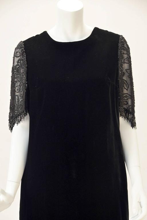Women's 1980s Custom Black Sheer Back Beaded Velvet Flapper Dress For Sale