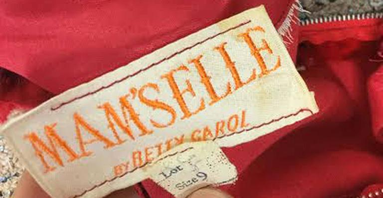 1960s Betty Carol Mam'Selle Red Floral Velvet Dress For Sale 1