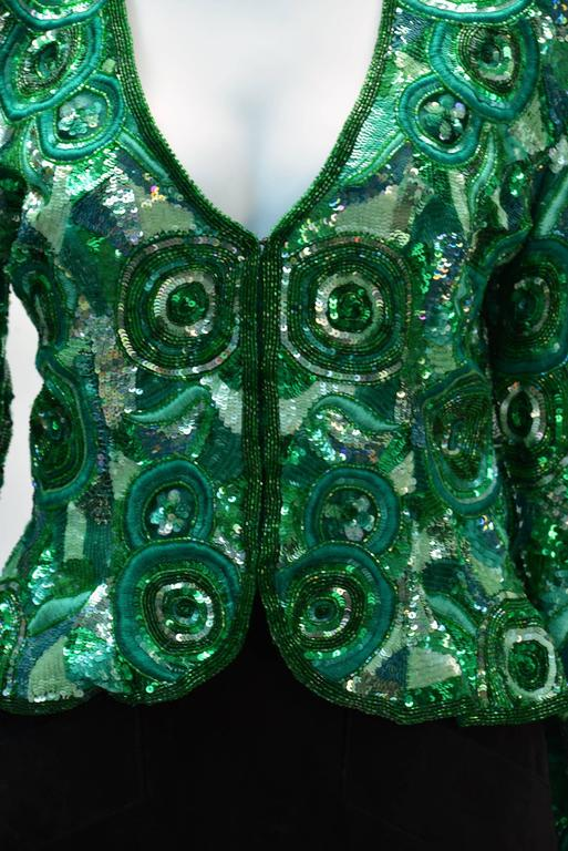 1980s Naeem Khan Green Pure Silk Sequined Jacket In Excellent Condition For Sale In Houston, TX
