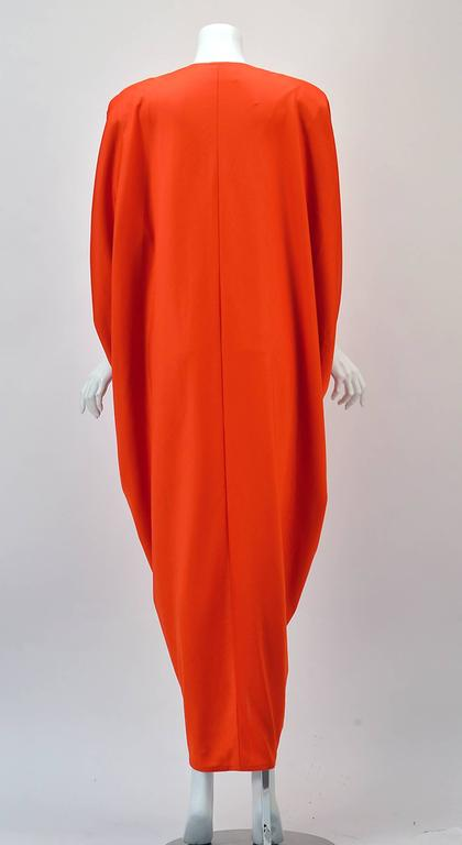 1970s Adele Simpson Red Knit Kaftan  In Excellent Condition For Sale In Houston, TX