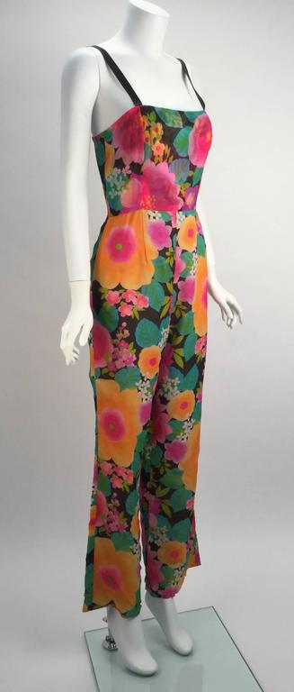 1960s Pat Sandler Floral Jumpsuit and Overdress  In Excellent Condition For Sale In Houston, TX