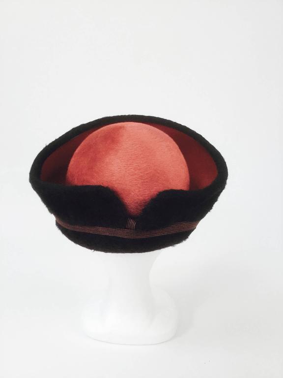 1950s Schiaparelli Red and Black Felt Eastern Hat 4