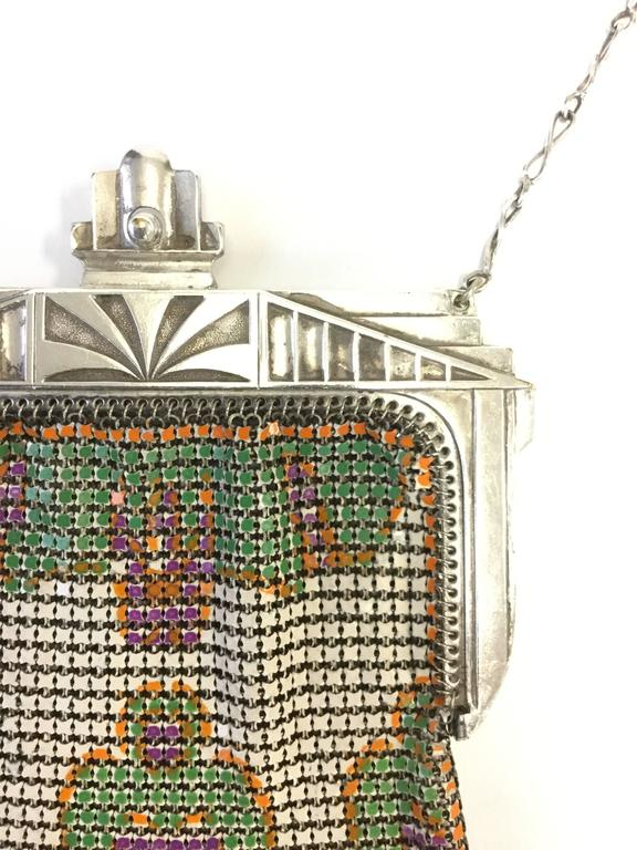 Beige 1920s Art Deco Enamel Chainmail Mesh Purse For Sale