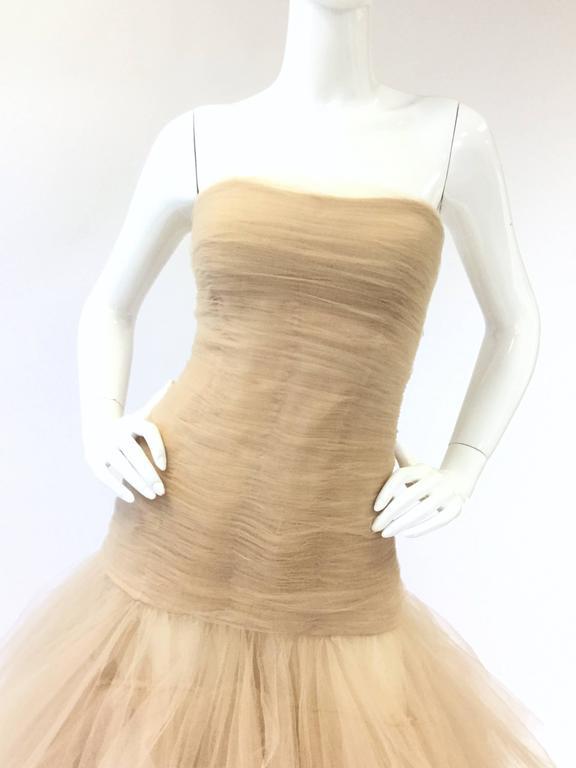 2007 Oscar de la Renta Nude Angular Tiered Tulle Ball Gown 2