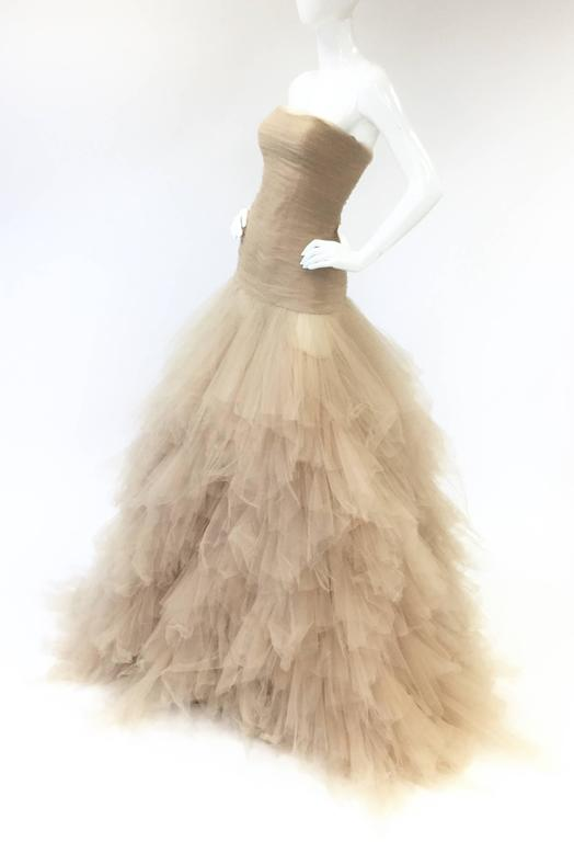 2007 Oscar de la Renta Nude Angular Tiered Tulle Ball Gown 6 For ...