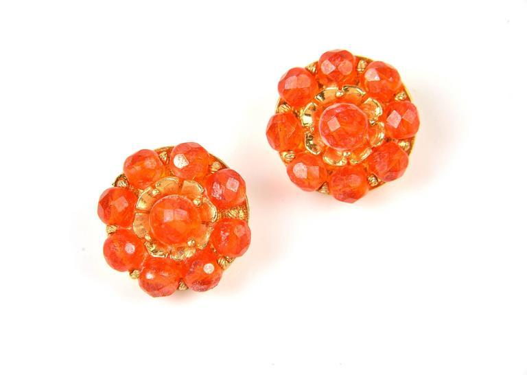 1960s Hattie Carnegie Tangerine Glass Bead Necklace and Earrings 7