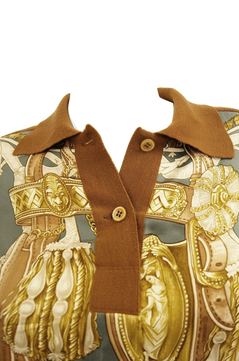 """1987 Hermes """"Bride De Cour""""  Tassel Silk Scarf Cashmere Sweater  In Good Condition For Sale In Houston, TX"""