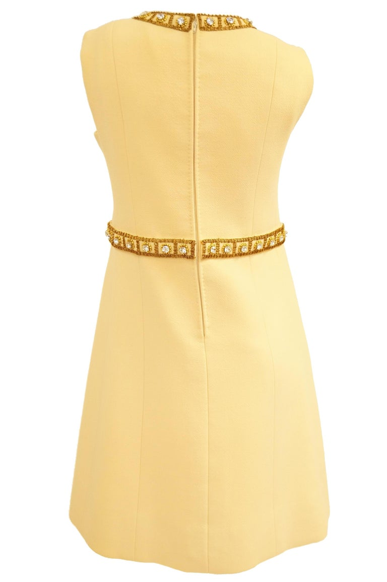 1960s Couture Cardinali Mod Shift Dress W/ Rhinestones & Gold Passementerie For Sale 4