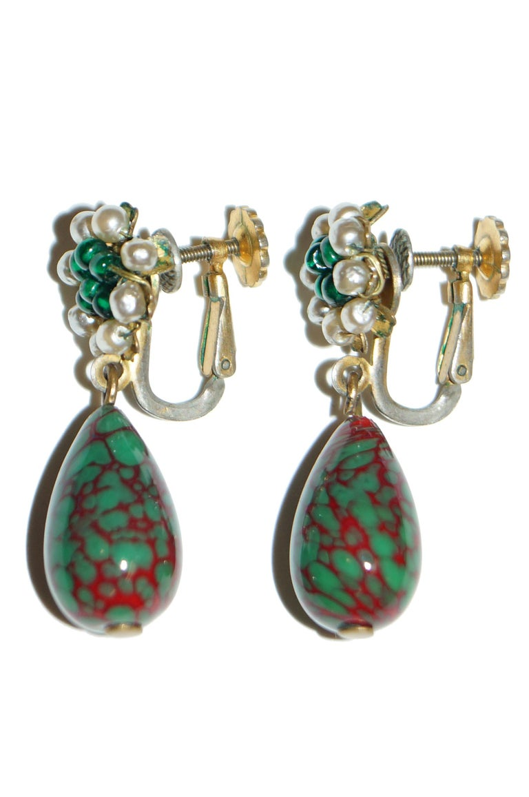Women's 1950s Miriam Haskell Green and Red Poured Glass and Pearl Drop Earrings For Sale