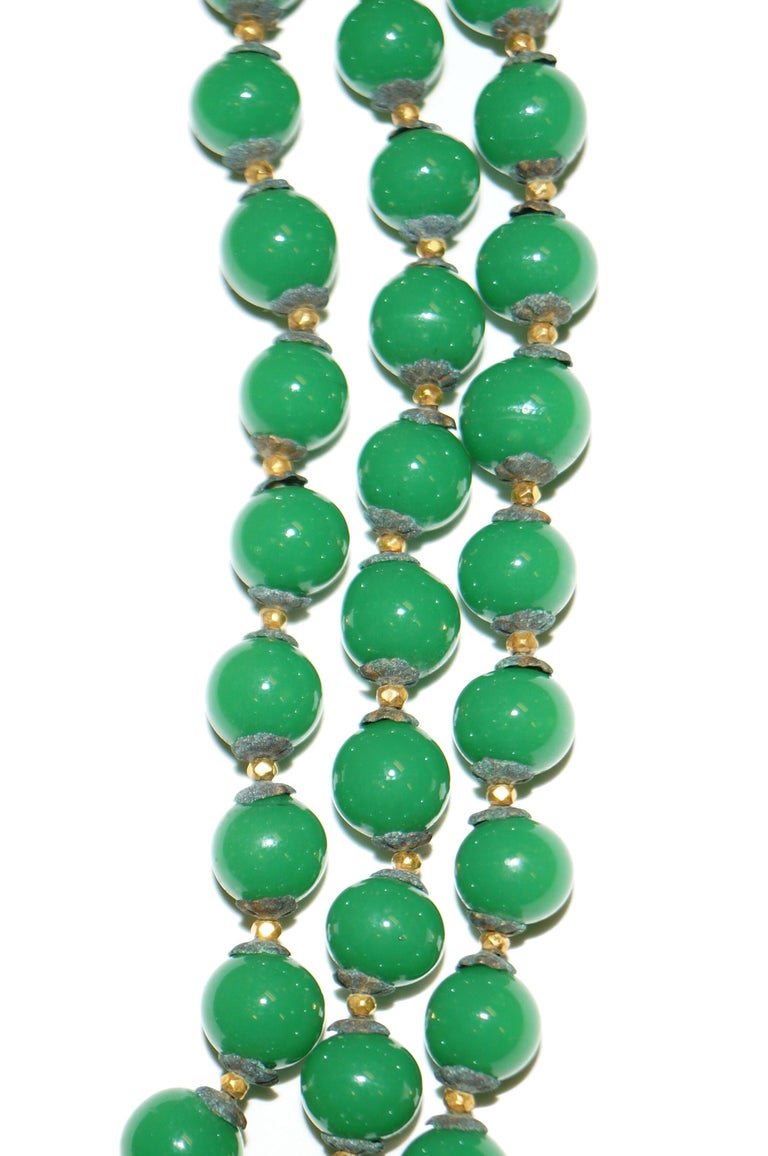 1950s Miriam Haskell Green and Umber Glass and Rhinestone Floral Choker For Sale 2