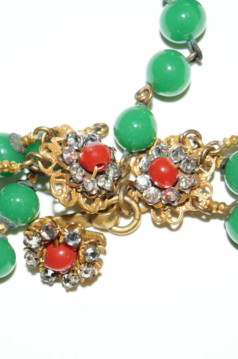1950s Miriam Haskell Green and Umber Glass and Rhinestone Floral Choker For Sale 3