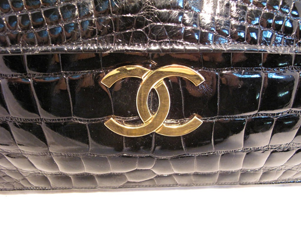 Chanel Black Alligator Oversized Clutch With Chain Strap 9