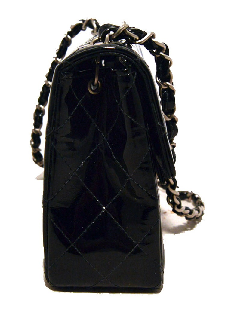 94d24254cd7303 Chanel Black Patent Leather Mini Classic Flap Shoulder Bag For Sale at  1stdibs