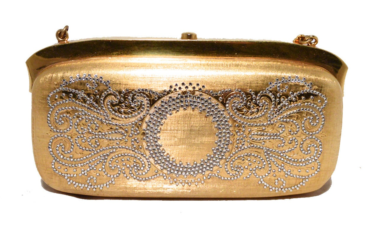 Judith Leiber Gold Filigree Swarovski Crystal Box Minaudiere In Excellent Condition For Sale In Philadelphia, PA