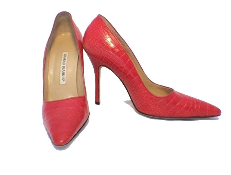 Orange Manolo Blahnik Red Alligator High Heel Pumps Size 6.5-7 For Sale