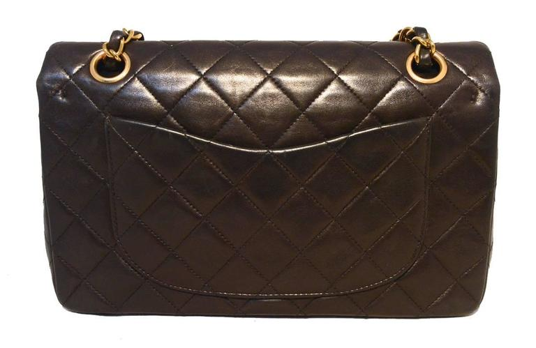 "Chanel Black Brown Quilted Leather 9"" Double Flap Classic 2.55 In Excellent Condition For Sale In Philadelphia, PA"