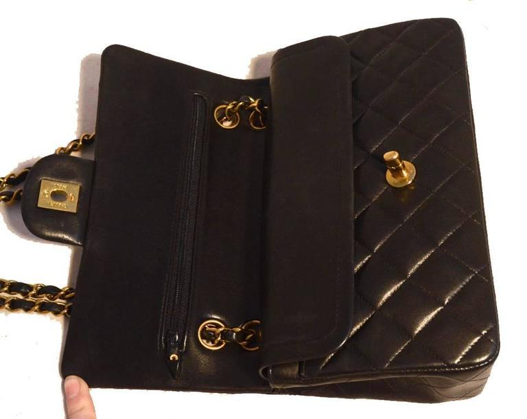 "Chanel Black Brown Quilted Leather 9"" Double Flap Classic 2.55 For Sale 2"